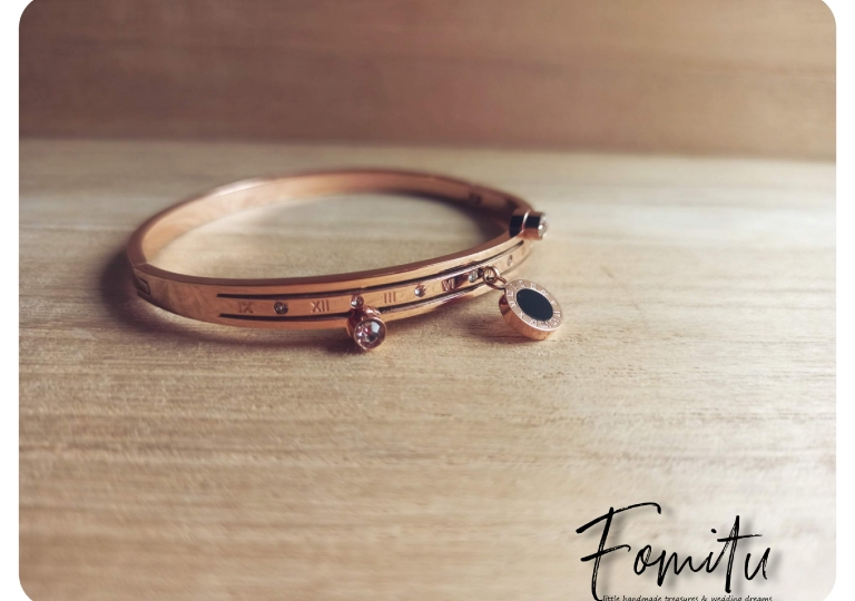Steel in pink gold1